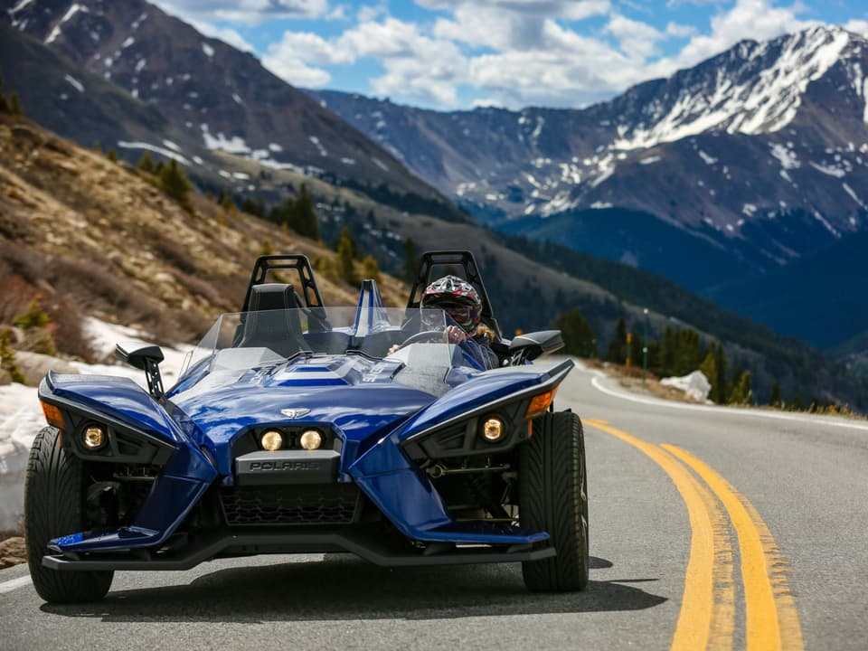 Slingshot on the road at Independence Pass
